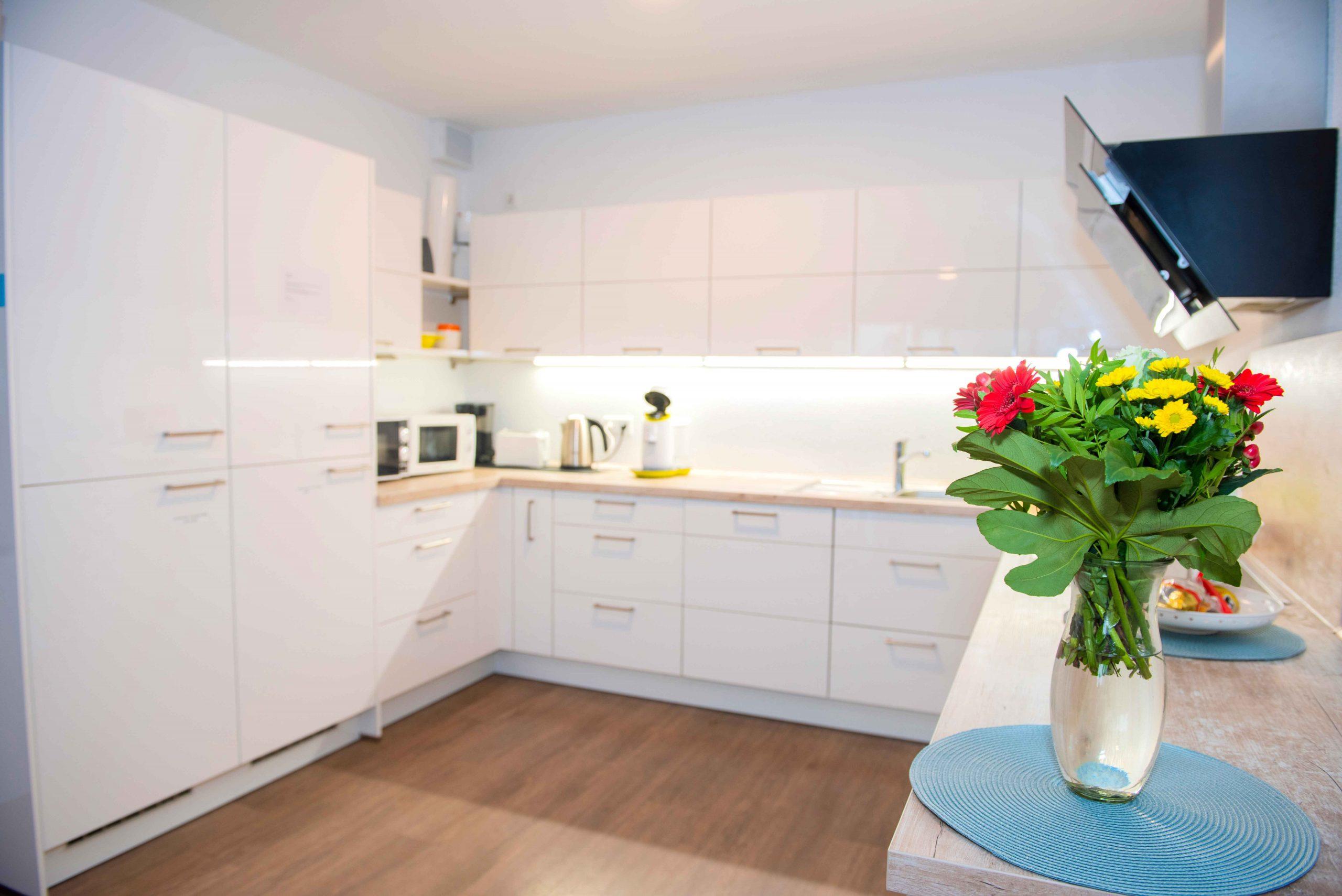 Küche mit Blumen